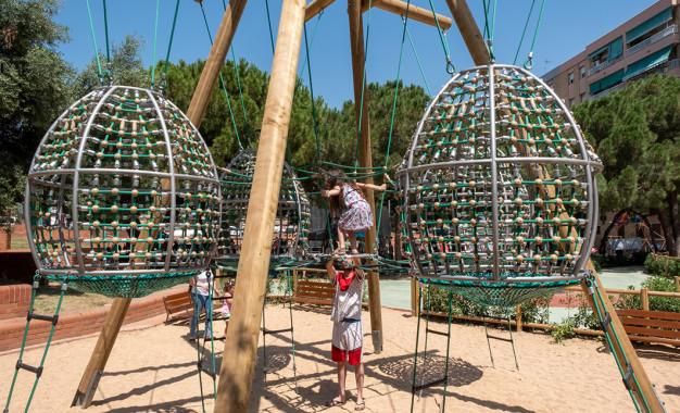 Remodelació de l'àrea de jocs de la plaça de l'Olivera amb idees aportades per infants