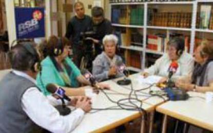 """""""La veu de la gent gran"""" de Ràdio Sant Boi al 'Sense Ficció'"""