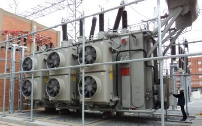 Neteja de l'aïllament de la subestació elèctrica